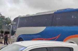 BA: Ônibus e van que faziam transporte clandestino de passageiros são apreendidos no Norte da Bahia