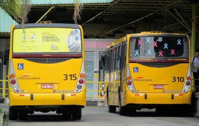 Criciúma: Motoristas de ônibus realizam protesto pedindo a volta do transporte de passageiros
