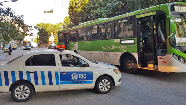 Prefeitura do Rio fiscaliza circulação de linhas de ônibus