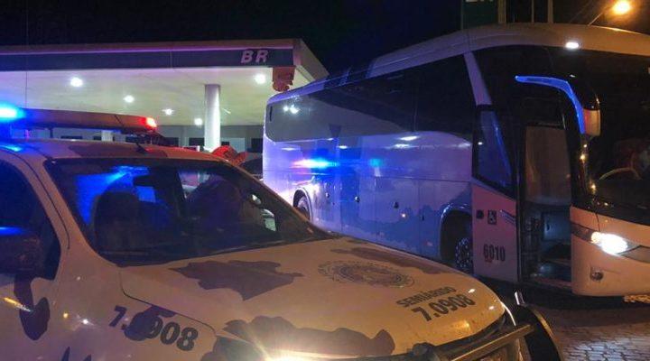 Polícia da Bahia fiscaliza ônibus de turismo em Irecê