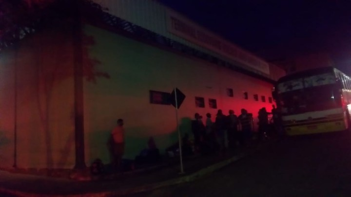 MG: Polícia Rodoviária apreende dois ônibus piratas no Alto Paranaíba