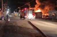 Belém: Incêndio atinge garagem de ônibus e destrói 14 veículos no bairro Terra Firme