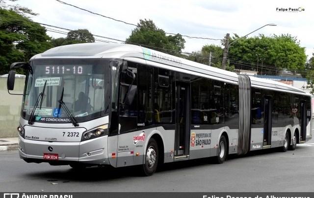 Ônibus de São Paulo só irão circular com passageiros sentados a partir deste sábado, diz secretário