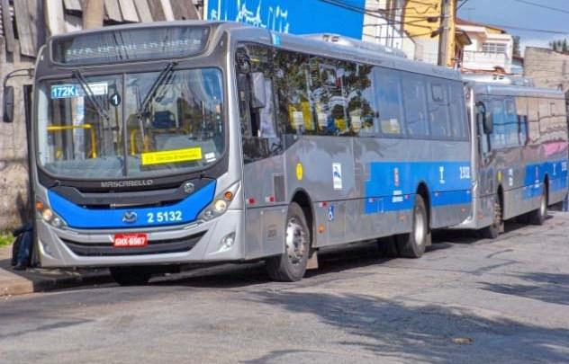 São Paulo amanhece com 92% da frota de ônibus circulando, após superlotação