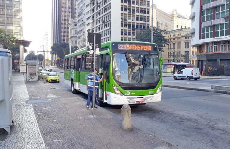 Prefeitura do Rio registra 227 multas por irregularidades nos ônibus nesta semana