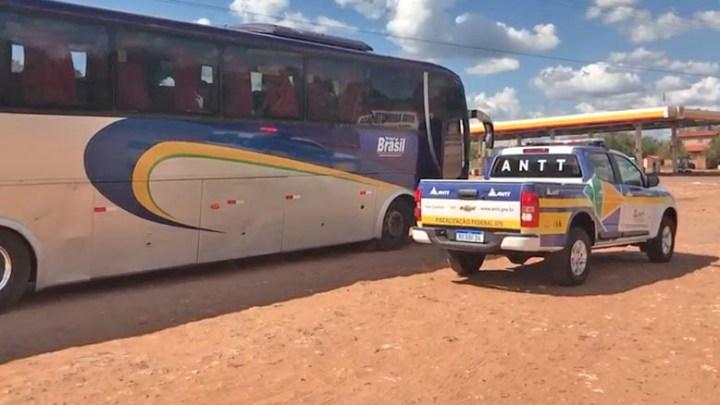 Vídeo: Fiscalização da ANTT apreende três ônibus no Maranhão