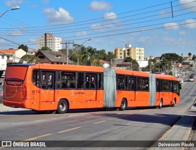 Ônibus e estações tubo de Curitiba já aceitam pagamento por cartão de crédito e de débito