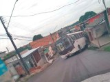 Ônibus sofre acidente na Zona Norte de Manaus nesta manhã de sexta-feira