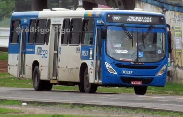 Salvador: Assaltante de ônibus é agredido por passageiros e acaba preso