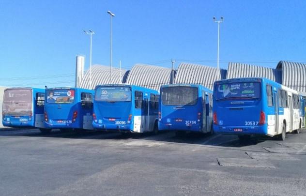 Salvador: MP entrega ofício para que empresas de ônibus entreguem 250 ônibus