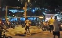Ao Vivo: Protesto em Bogotá tem ônibus, comércio e estações danificadas nesta noite - Vídeo