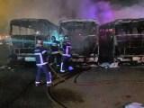 Maringá: Seis ônibus da Viação Cidade Verde foram destruído por um incêndio