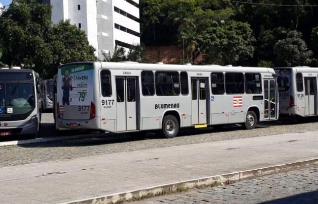 SC: Blumenau ampliará horários de ônibus a partir desta quarta-feira 14