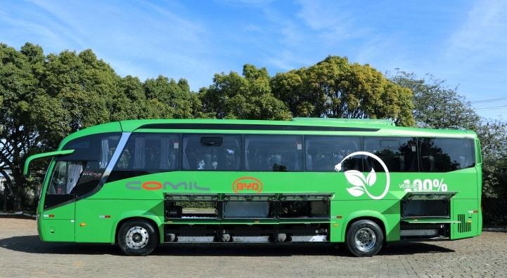 Comil produz primeira carroceria rodoviária com chassi 100% elétrico BYD