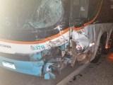 MG: Acidente entre carro e ônibus deixa um morto na BR-116 em Inhapim