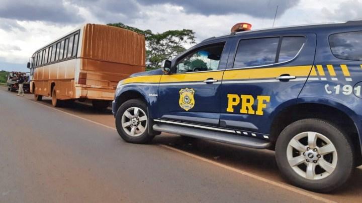 GO: PRF apreende ônibus sem freios transportando trabalhadores na BR-060
