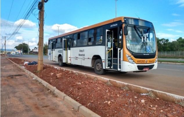 DF: Empresa de ônibus deve indenizar passageira que teve lesões após queda em viagem