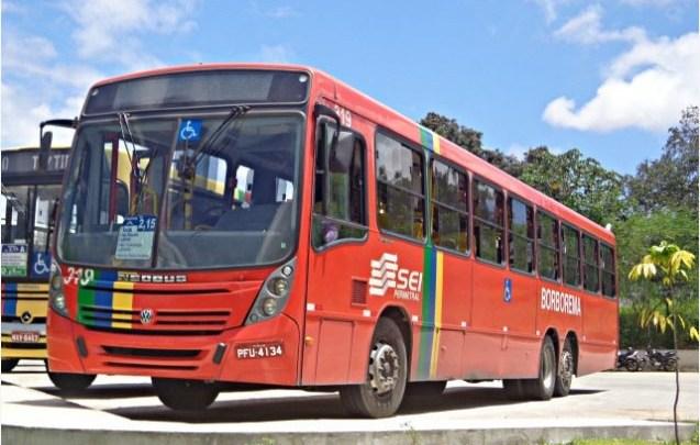 Recife: Motorista de ônibus leva facada durante assalto dentro de coletivo em Boa Viagem