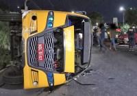 Vídeo: Micro-ônibus alternativo tomba em Manaus deixando vários feridos
