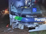 TO: Acidente entre ônibus e caminhonete deixa quatro feridos na BR-153