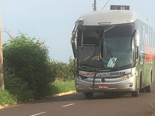 SP: Acidente com ônibus deixa feridos em Jaú, nesta terça-feira