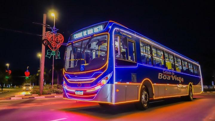 Ônibus iluminados já circulam em Boa Vista e encantam moradores