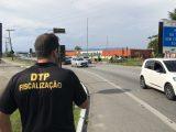 SP: Prefeitura do Guarujá instala barreiras para impedir acesso de ônibus e vans de turismo