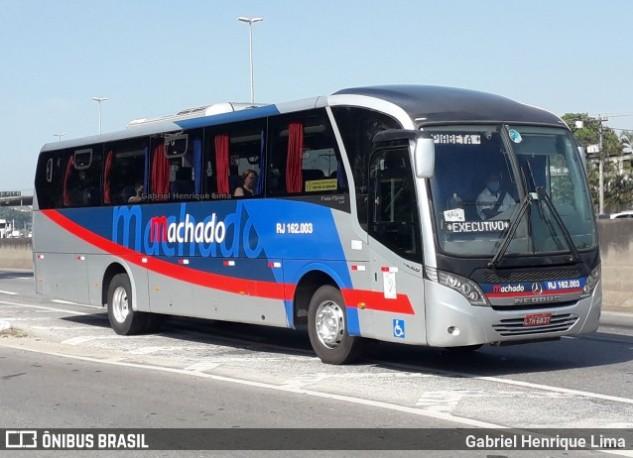 RJ: Ônibus da Transporte Machado é incendiado no bairro de Imbariê em Duque de Caxias