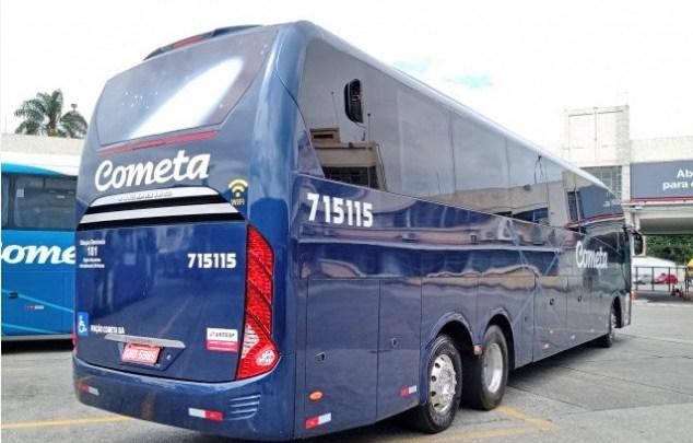 Viação Cometa pinta ônibus Neobus e o escala no trecho Curitiba x São Paulo x Curitiba