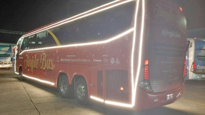 São Paulo: Ônibus da Viação Cometa se transforma em Jingle Bus