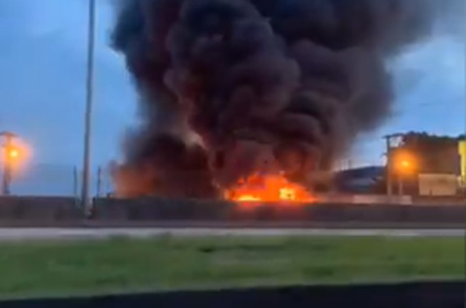 Vídeo: Protesto fecha parte da Rio x Petrópolis em Santa Cruz da Serra na Baixada Fluminense