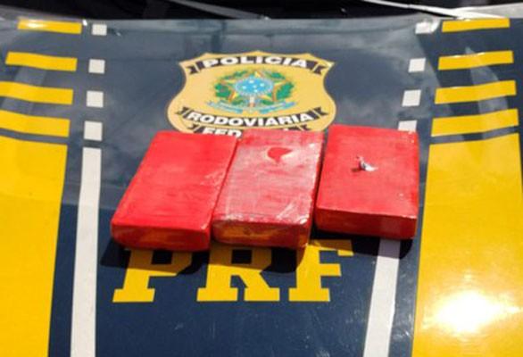BA: Passageira de ônibus é presa na Chapada Diamantina com farto material entorpecente