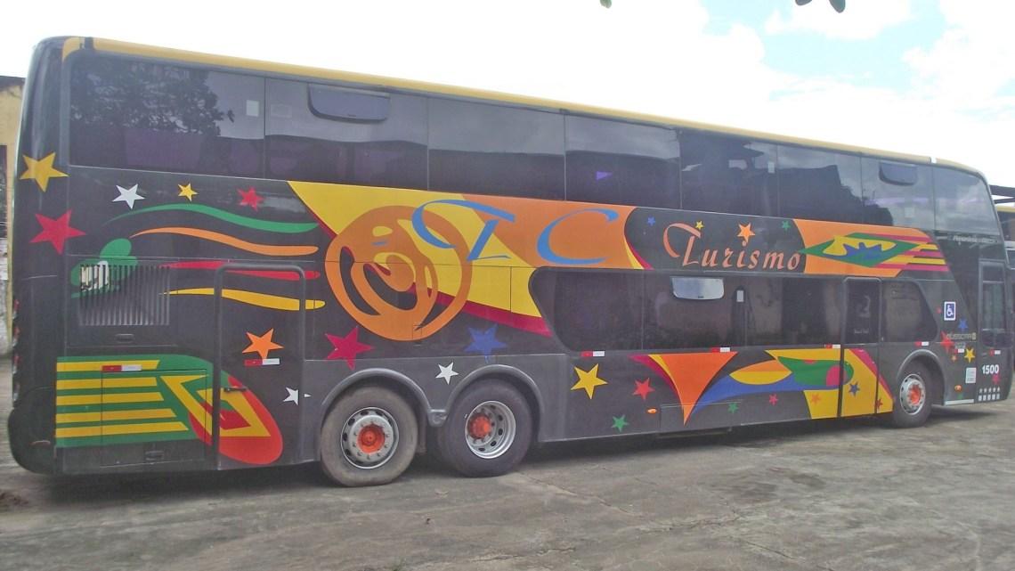 TC Turismo informa que ônibus que tombou na BR-376 em Guaratuba foi fretado por uma pessoa
