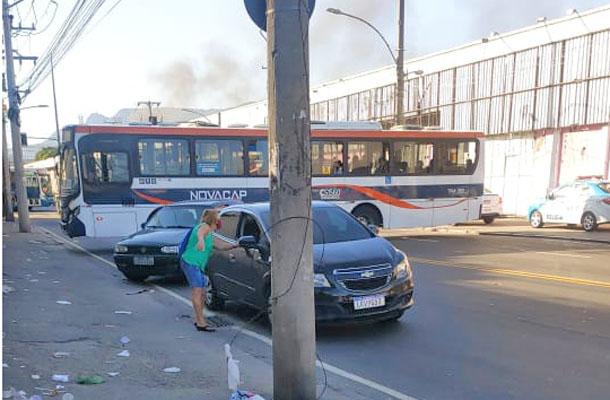 Rio: Tiroteio assusta moradores e ônibus deixam de circular na Zona Norte