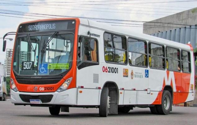 Manaus realiza ajustes na operação dos ônibus para evitar aglomeração