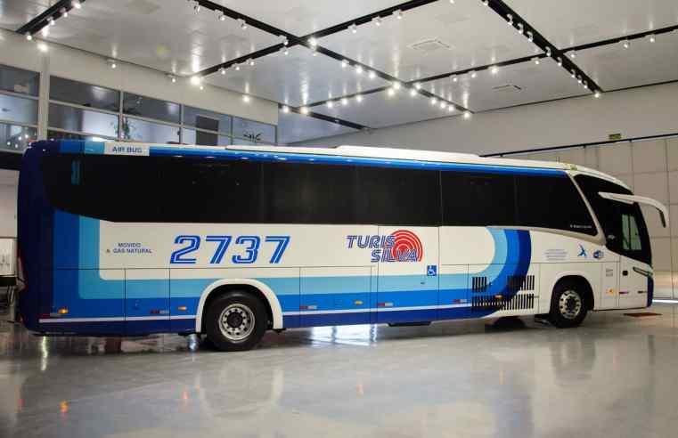 Turis Silva recebe o primeiro ônibus rodoviário movido a GNV para o setor de fretamento