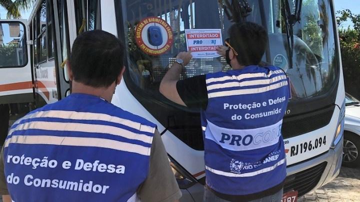 Procon-RJ realiza ação de fiscalização na Auto Viação Salineira em Cabo Frio