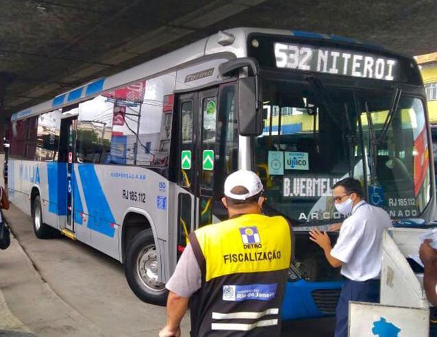 RJ: Detro fecha o mês de fevereiro com 182 multas aplicadas, sendo 66 em ônibus