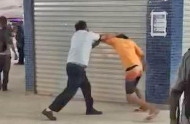 ES: Funcionário do Transcol e passageiro trocam socos no Terminal de Itaparica em Vila Velha