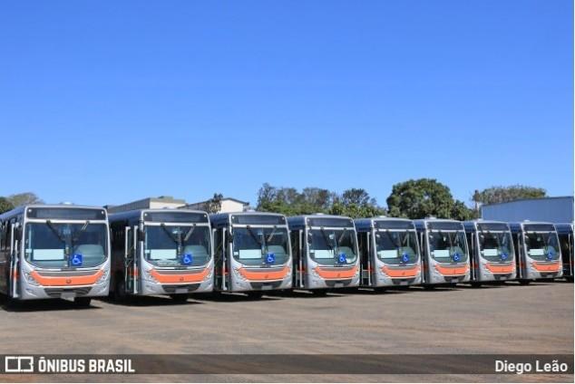 SP: Grande Marília anuncia demissões e transfere lote de ônibus para Bauru, diz sindicato dos rodoviários