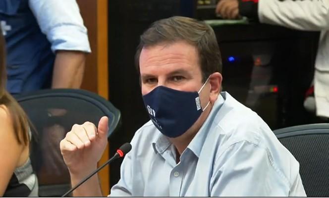 Eduardo Paes é alvo de críticas na internet por ser o criador do BRT Rio que não funciona como deveria