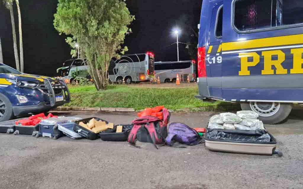 SP: PRF apreende sete passageiros de ônibus com entorpecentes durante fiscalização na BR-153 em Ourinhos – Vídeo