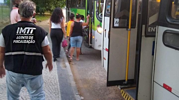 RJ: Campos segue fiscalizando e combatendo excesso de passageiros em transporte público