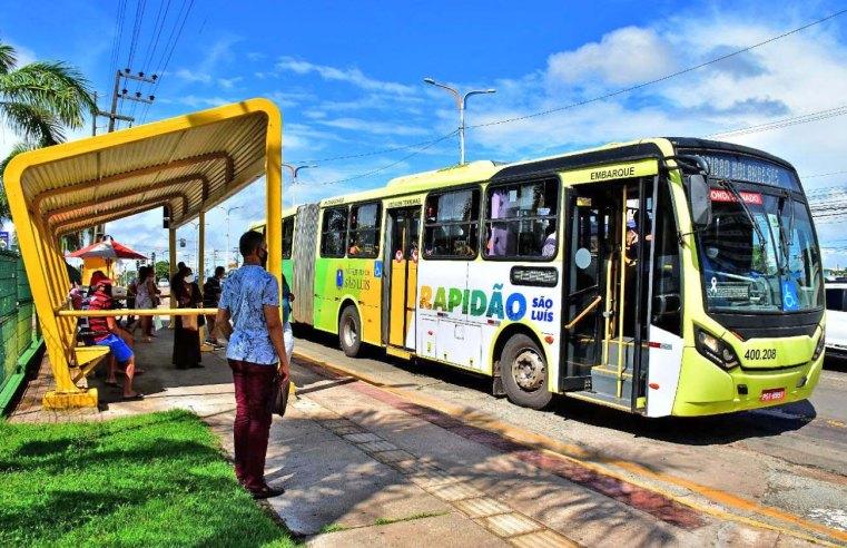 São Luís: Ônibus articulado batizado de Rapidão São Luís chama atenção de passageiros