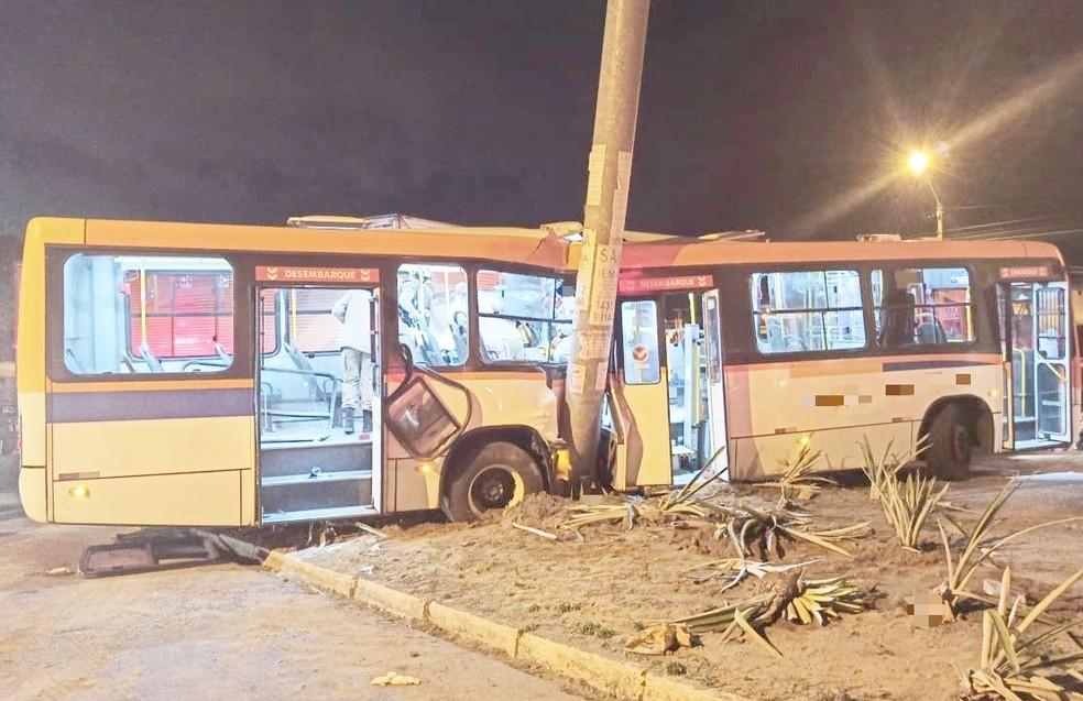Vídeo: Acidente envolvendo caminhão e ônibus deixa seis feridos na BR-101 em Igarassu na Grande Recife