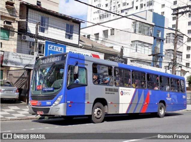 SP: Ônibus da BR Mobilidade sofre acidente deixando cinco feridos em Santos