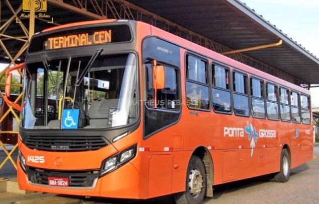 PR: Rodoviários da Viação Campos Gerais fazem paralisação em Ponta Grossa