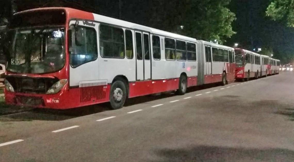 Manaus: Bandidos fazem arrastão em quatro ônibus da linha 500 na Zona Norte