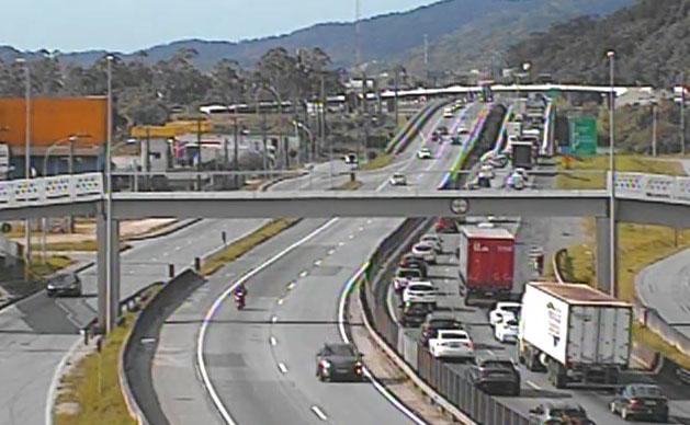AO VIVO: Confira as notícias sobre as principais estradas neste domingo 2 de maio