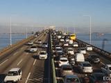 Acidente na Ponte Rio x Niterói complica o fluxo sentido Rio